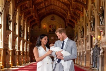 ¡AQUÍ LO TIENE! El príncipe Harry y Meghan Markle presentan a su primer hijo en Windsor este #8May (+Fotos)