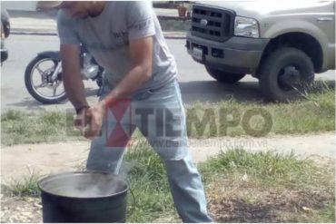 ¡INDIGNANTE! Habitantes de Trujillo comen y pernoctan en las colas para surtir gasolina (+Video +Fotos)