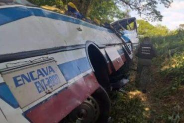 ¡TERRIBLE! Aumenta a 21 la cifra de fallecidos por vuelco de autobús en Perijá