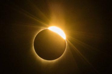 ¡DA MIEDO! Vaticinan que eclipse solar traerá gran crisis económica en Argentina y catástrofes naturales en Chile (+Video)
