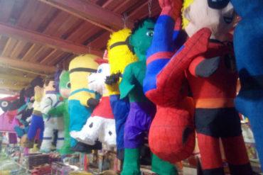 ¡LE MOSTRAMOS! Ni una fiesta de niños se puede hacer ya: Los escandalosos precios de piñatas y otros artículos de juguete (+Fotos)