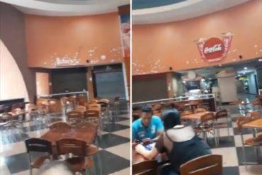 """¡TERRIBLE! Reportan cierre de locales comerciales en el C.C. Plaza las Américas en Caracas: """"Otro logro de la revolución"""" (+Video)"""