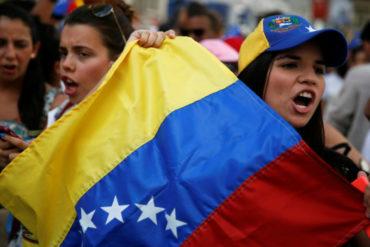 ¡CONÓZCALA! Venezolanas que emigraron a Francia constituyen fundación para socorrer a niños desprotegidos en Venezuela