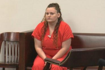 ¡QUÉ PERVERSIÓN! Niñera que quedó embarazada tras abusar del menor que cuidaba fue condenada a 20 años de cárcel