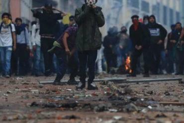 ¡ATENCIÓN! Recomiendan a venezolanos abstenerse de tomar parte en protestas en Ecuador: Podrían ser expulsados