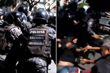 ¡URGENTE! La trifulca que se armó cuando la PNB intentó llevarse detenidos a varios manifestantes en la avenida Libertador (+Videos)