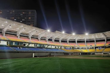 ¡SE PASÓ! Pura guachafita: García Carneiro ahora asegura que inaugurará el estadio de béisbol de La Guaira el 5 de enero (+Video)