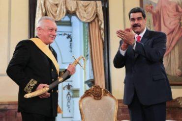 ¡LA JALAÍTA DE MECATE! Este es el siglo de Rusia y de la revolución, asegura Maduro tras condecorar a embajador de Rusia