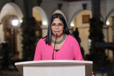 """¡POR FAVOR! Delcy calificó como """"estrategia de distracción"""" las acusaciones de EEUU a Maduro"""