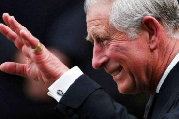 ¡INQUIETUD EN LA REALEZA! El Príncipe Carlos se mantiene «aislado y con síntomas leves» tras ser diagnosticado con coronavirus (no saben cómo se contagió)