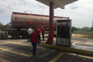 ¡ATENTOS! Economista afirmó que Venezuela necesita dos tanqueros de gasolina a la semana para cubrir la demanda