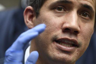 ¡PENDIENTE! «Recibirán una notificación con detalles del proceso»: lo nuevo que dijo Guaidó sobre la asignación del bono de 100 dólares al personal de salud