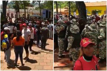 ¡MUY RESPONSABLES! Aglomerados y en pachanga: militantes del PSUV se aglomeraron en la zona colonial de Petare para hacer campaña (+Video)