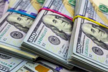 ¡SIN PIEDAD! Dólar paralelo bate un nuevo récord y se cotiza por encima de 1.800.000 bolívares este viernes #22Ene (+Tasa del BCV)