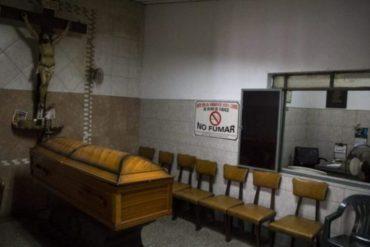 ¡DEBE SABERLO! Funerarias y cementerios solo permitirán 10 personas en los velorios tras alza de casos de covid-19